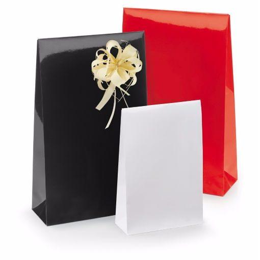 50 stuks Luxe Papieren Cadeauzakjes Rood, Zwart of Wit 10x15,7x4 of 14x23x5,5cm