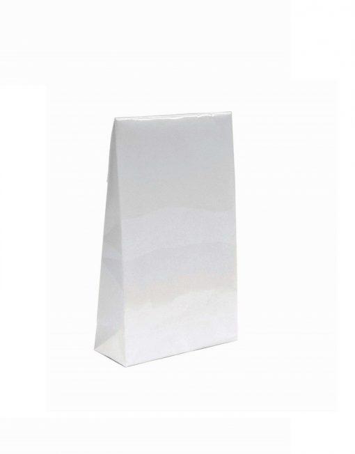 luxe papieren cadeauzakje met kleefstrip en blokbodemwit